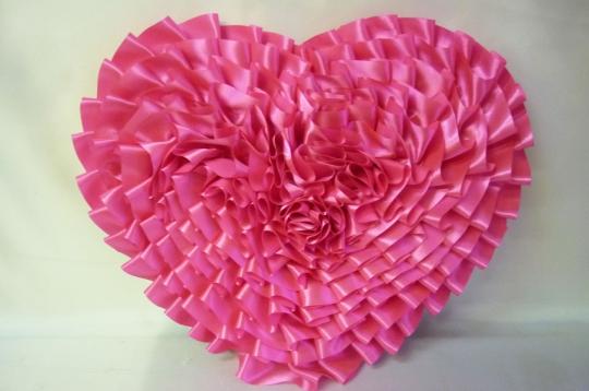 Сердце атлас ярко-розовое