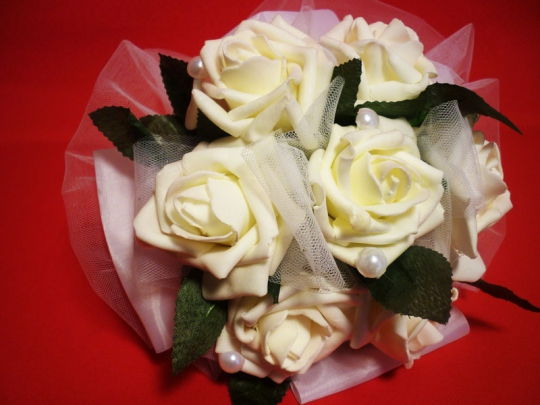 Букет для невесты Роза латекс белый