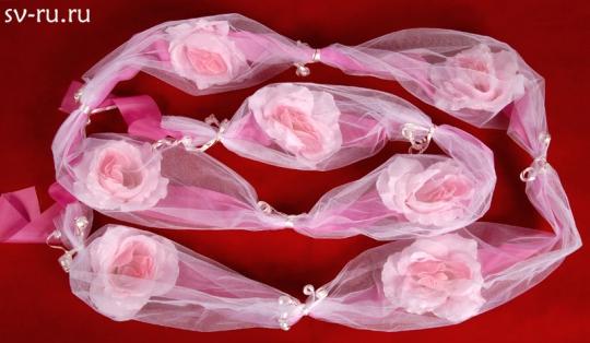 Цветы в фатине розовые