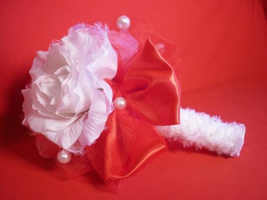 Букет для невесты №3 бело-красный