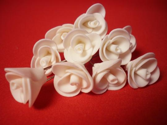 Цв. на шпильке роза 2см (уп.10шт) (айвори)