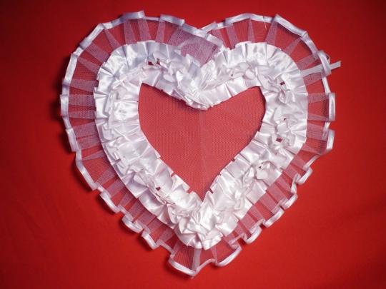 Сердце №5 атлас белое
