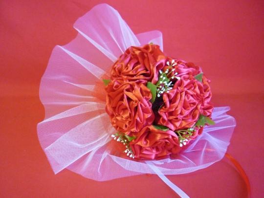 Букет для невесты Роза атлас красный