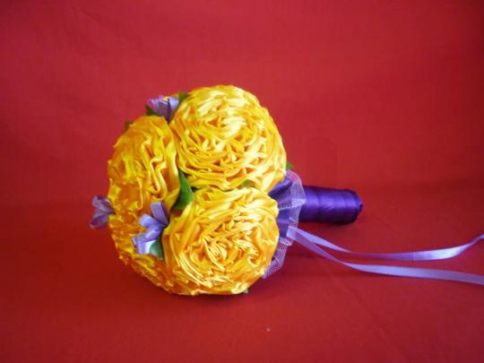 Букет для невесты Роза атлас №1 жёлто-фиолет