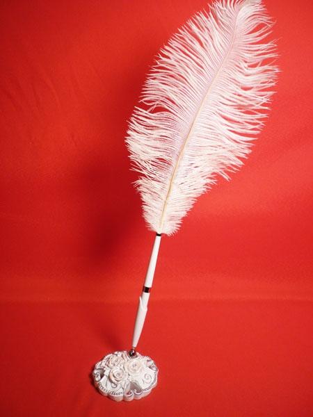 Ручка-перо на подстЭлегантная роза полистоун GL-232003