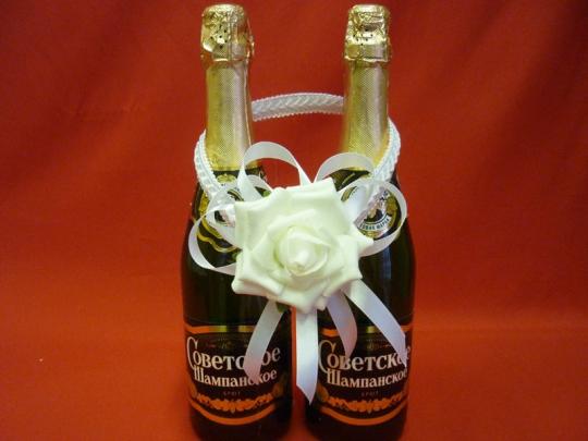 Украшение на шампанское Роза белое