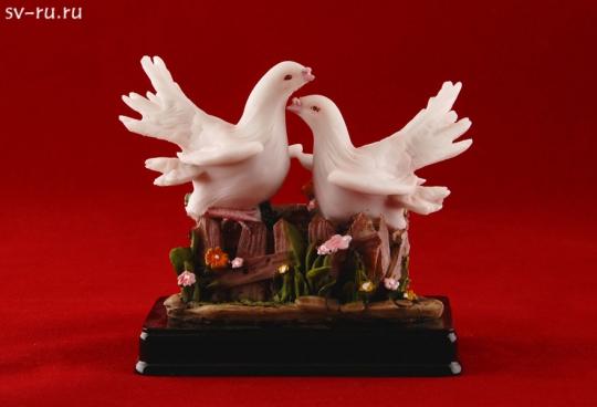 Пара голубей из полистоуна MR-33665