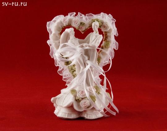 Сердце с молодожёнами MR-38400