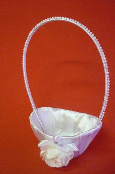 Корзинка для лепестков роз Лоза атлас белая