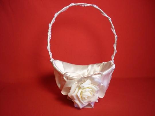 Корзинка для лепестков роз Лоза атлас бежевая