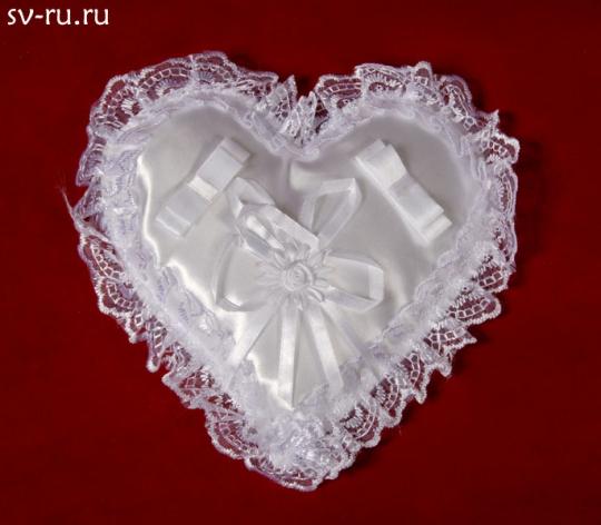 Подушечка для колец Сердце белая