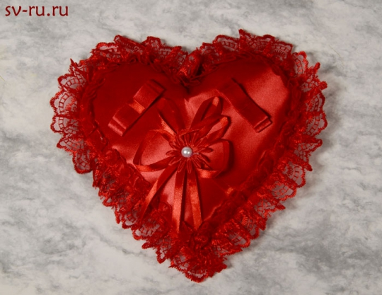 Подушечка для колец Сердце красная