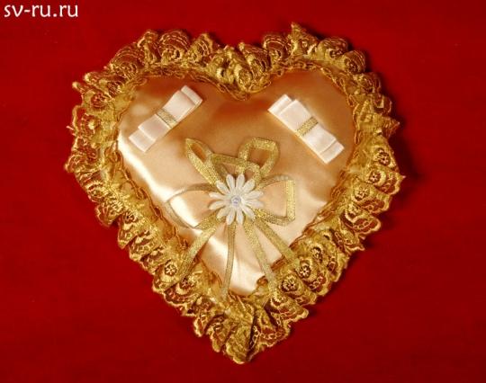 Подушечка для колец Сердце золото
