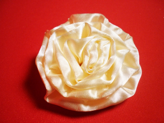 Роза атлас айвори 7см. (10шт)
