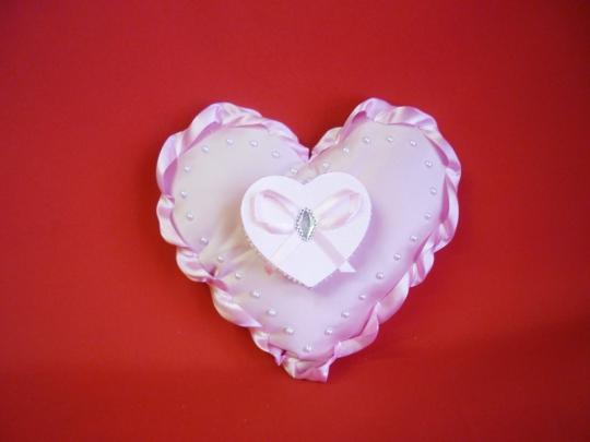 Подушечка Сердце с коробочкой розовое