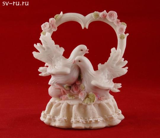 Сердце с голубями из полистоуна MR-38466