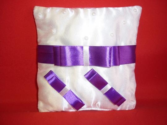 Подушечка Бант бело-фиолетовая