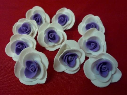 Роза 3см бело-фиолетовая (10шт)