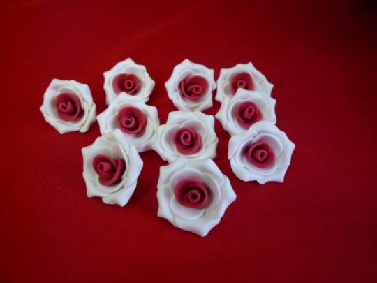 Роза №2, 3см бело-красная (10шт)