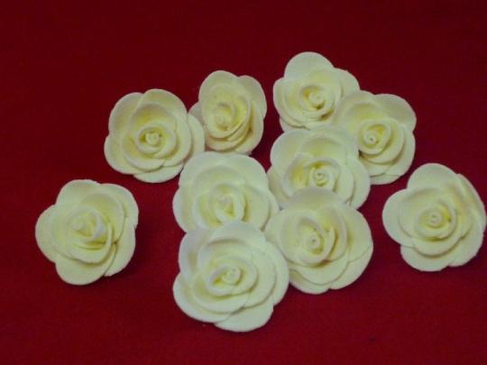 Роза 3см айвори (10шт)