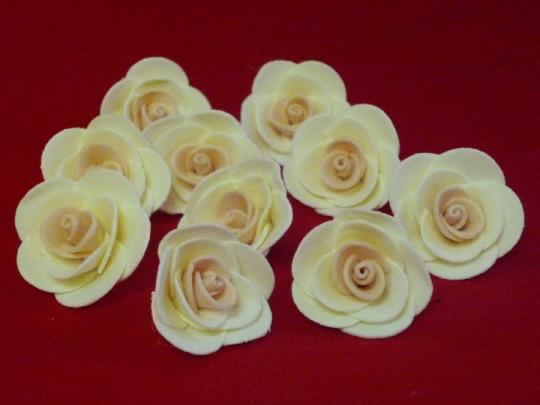 Роза 3см айвори-персиковая (10шт)
