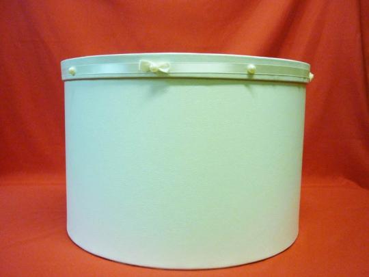 Коробка для свадебного платья (кожзам диам.47см)