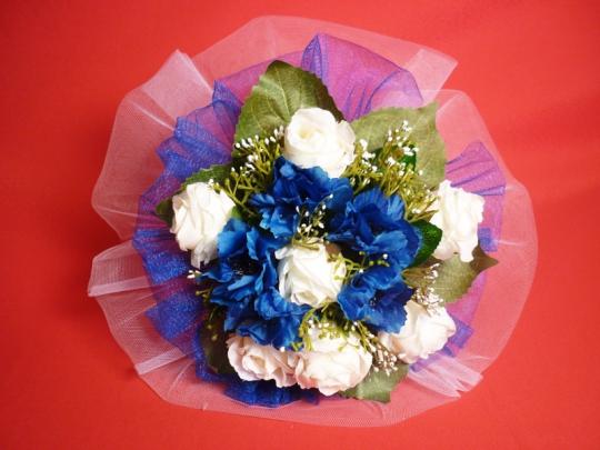 Букет для невесты Роза сине-белый